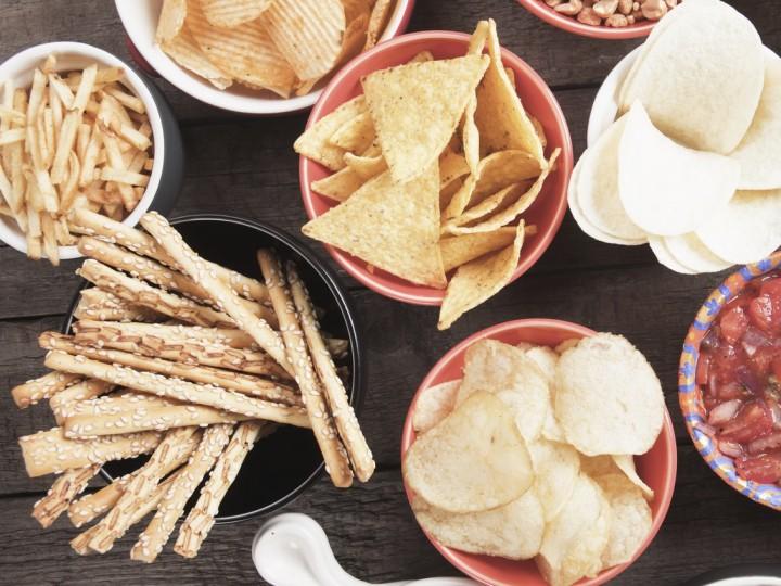 Snacken en scharrelen: één van de grootste redenen dat afvallen niet lukt