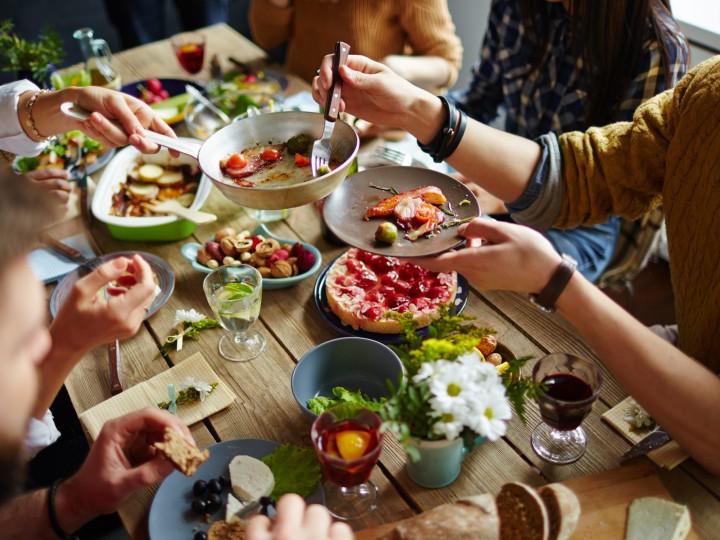 De kracht van familiemaaltijden – zoveel meer dan eten alleen!