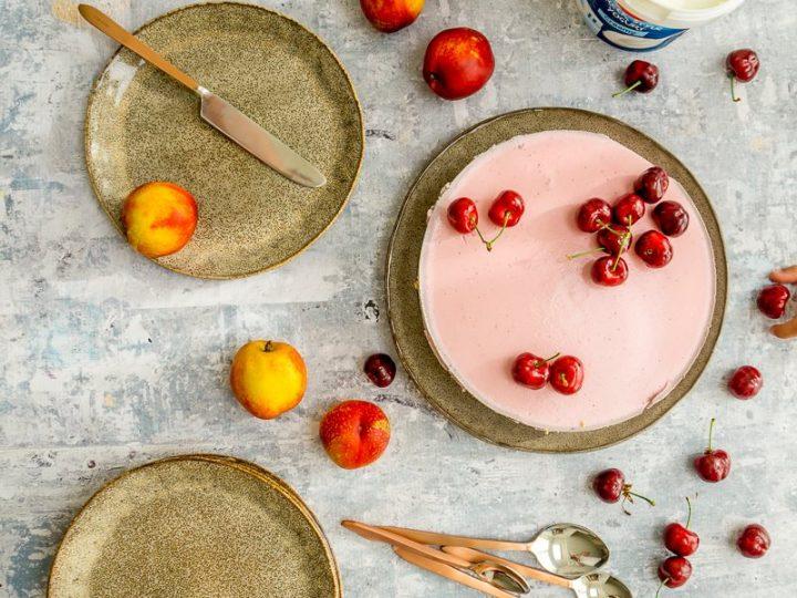 Ontbijt kwarktaart met aardbeien