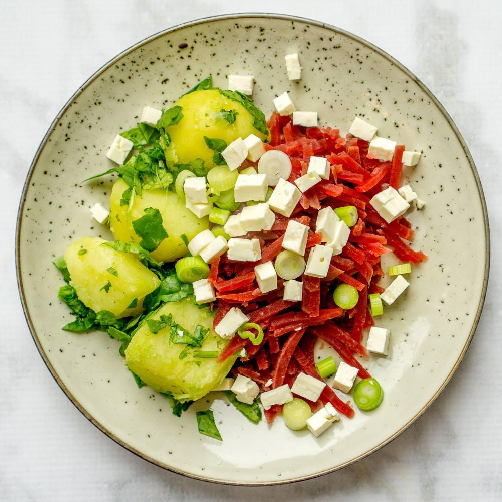 Tomaten-paprikasoep met rozemarijn